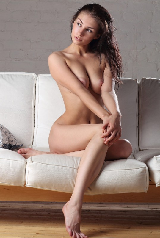 Nude Girl Pictures